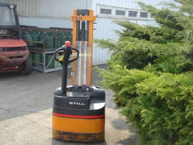 Still EGV10 Electric Reach Truck 1,000 kg