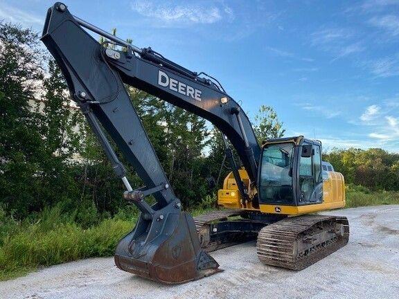 John Deere 210G LC Tracked Excavator