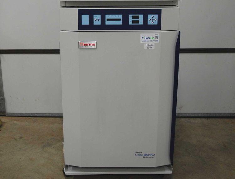 Thermo Scientific 3587 Napco Series 8000 WJ CO2 Incubator