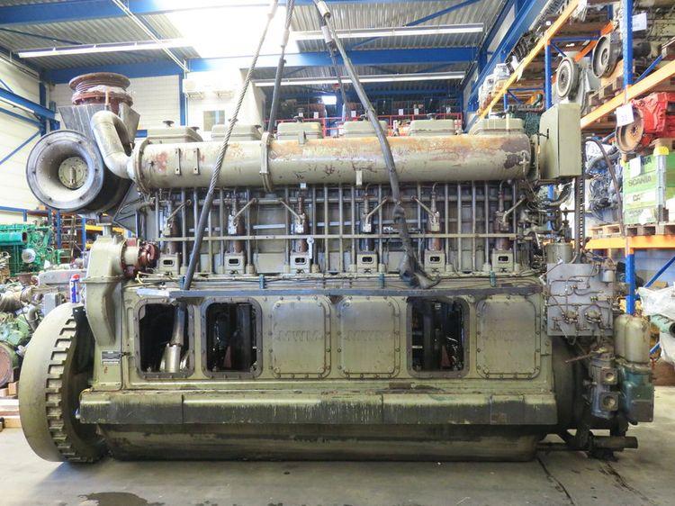 MWM TD 484 - 6U ( complete or for parts ) Marine diesel engine