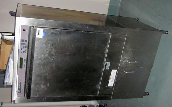 Lancer 1400 UP Glassware washing system (Washer/Dryer)