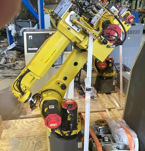 Fanuc M20iA CNC 6 AXIS ROBOT WITH R30iA CONTROLLER 6 20.00kg