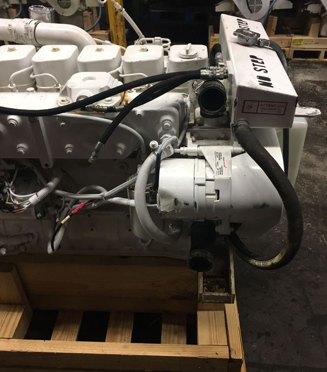 Cummins 6BT 5.9L - M Marine Engines