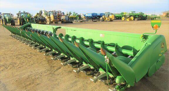 John Deere 616C Corn and Row Crop headers