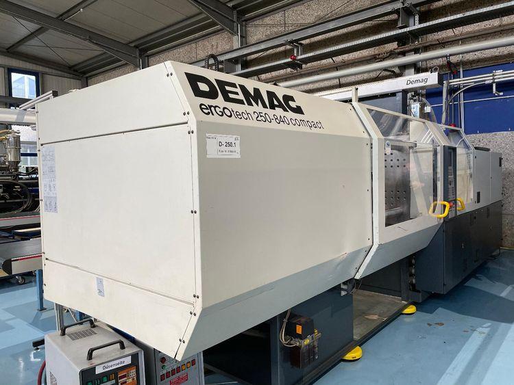 Demag Ergotech compact 2500-840 250 T
