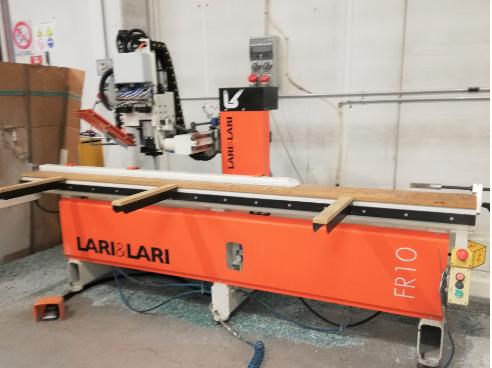 Lari & Lari FR 10, CNC WINDOWS MACHINE 3