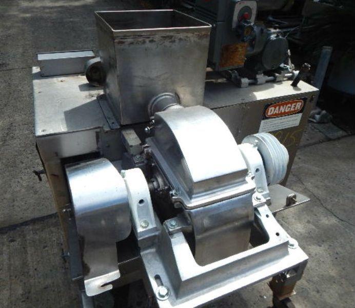 Fitzpatrick UOSA6  Screw Feed Hammer Mill