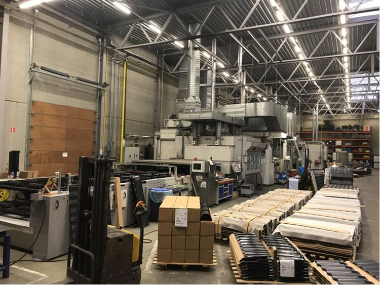 Venjakob TL5 universal water-based paint/spray/drying line