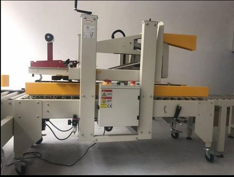 Other AUTOMATIC FLAP CLOSER & CARTON TAPER