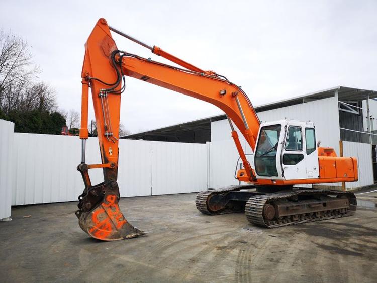 Halla HE220LC Tracked Excavator