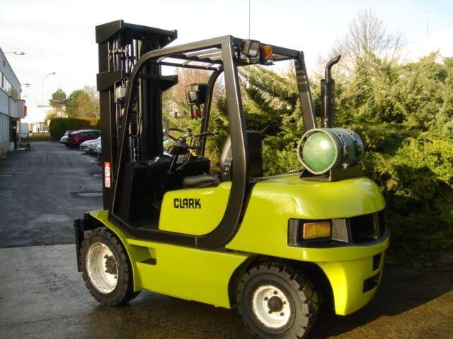 Clark CMP30L LP Gas Forklift 3,000 kg