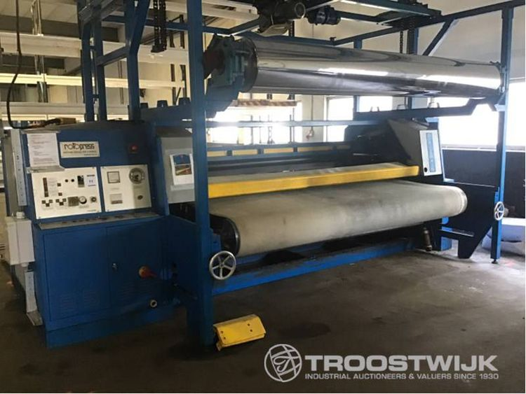 Auction Leather processing machines with spray machine and tunnel dryer Arendonk / Poletto, press Krause, roll coaters, stackers, forklifts