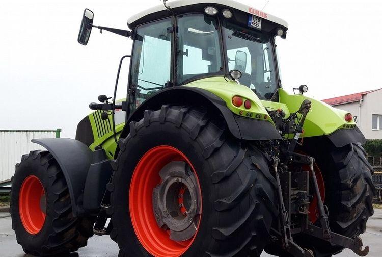 Claas Axion 850 Tractor