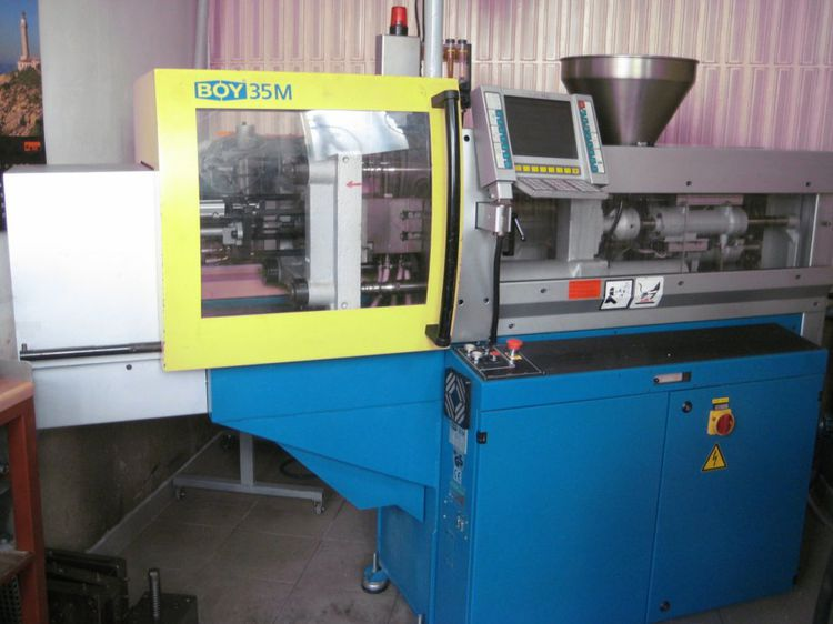 Boy Injection molding machine 35 T