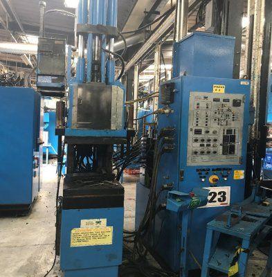 LWB Steinl Injection Machine 30 T