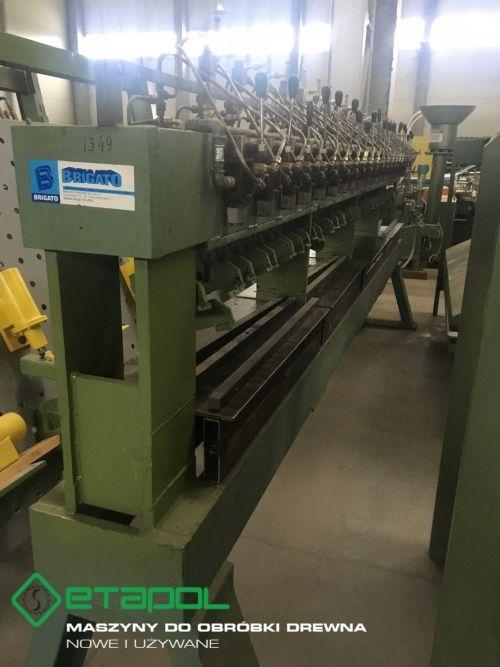 Gluing press