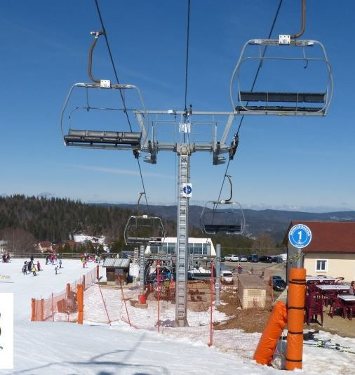 Poma Fixed chairlift 4 seats
