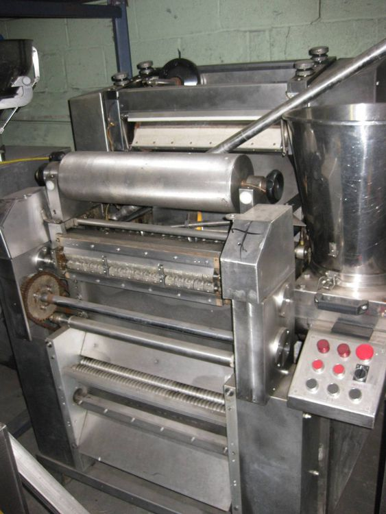 Toresani MR-540 RAVIOLETTI MACHINE