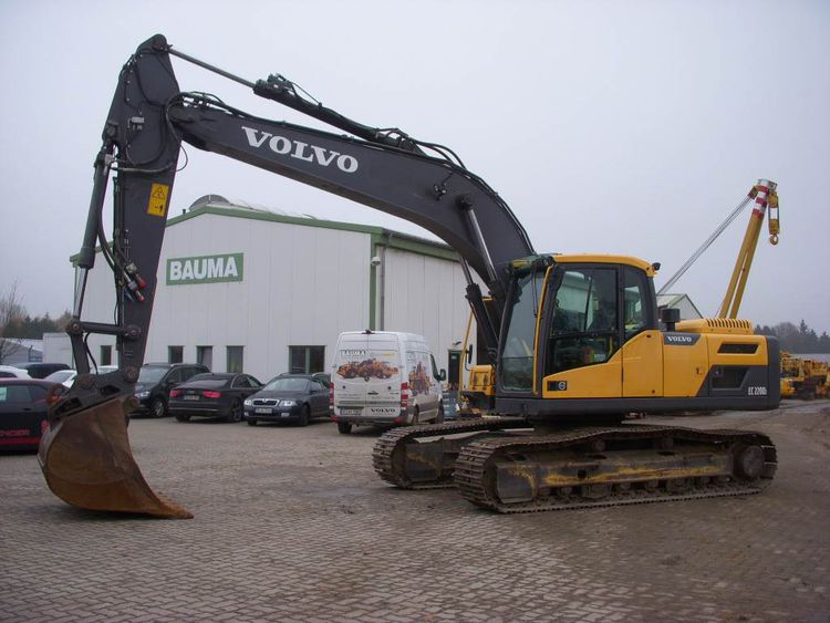 Volvo EC 220 D L Crawler excavators