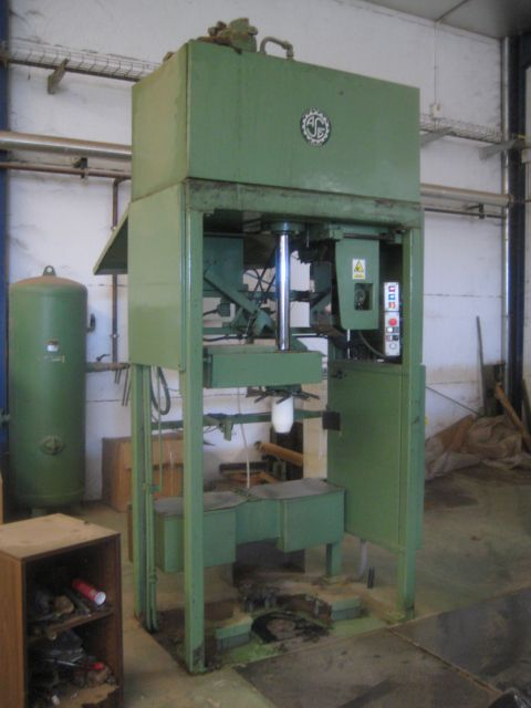 St eloi 4-72 Bump press