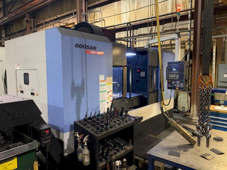 Doosan DNM750 CNC Vertical Machining Center 3 Axis