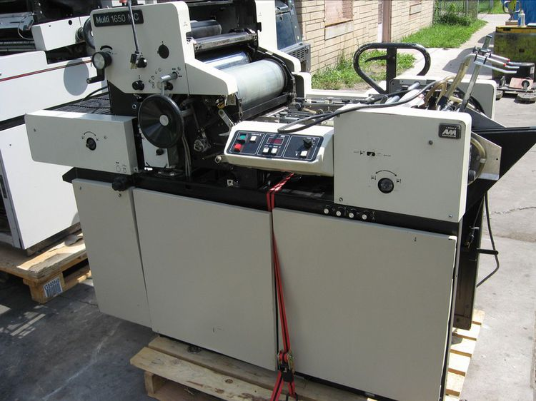 "Multilith 1650 MC, 1 color Offset machine 13"" X 17"""