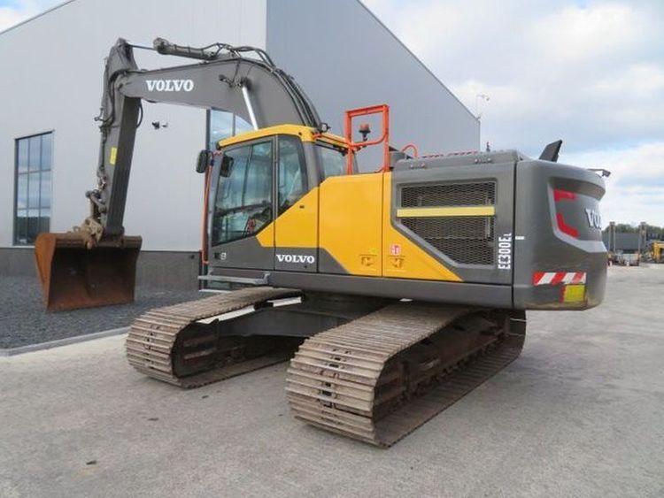 Volvo EC300EL Excavator