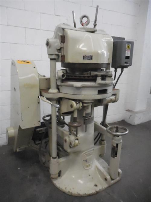 Stokes BB2, 513-2 45-STATION TABLET PRES  Tablet Press