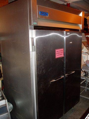 McCall 7-7045T, Refridgerator - 2 Door