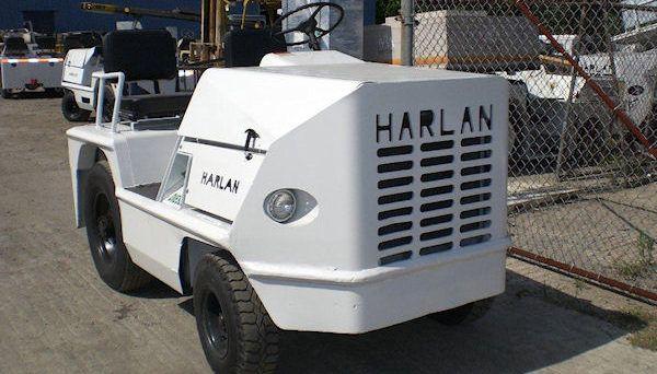 Harlan HTA 40, Tow Tractor