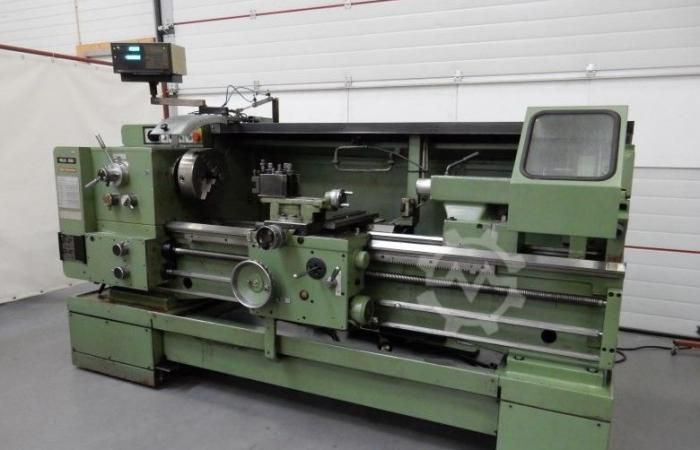 TOS Engine Lathe Variable SUI 50/1000