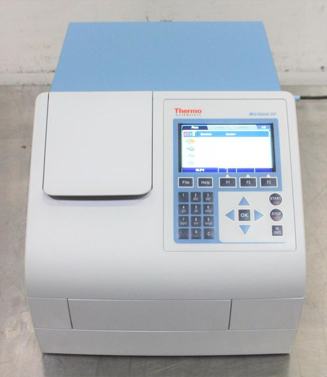 Thermo Scientific Multiskan GO Microplate Spectrophotometer w/ cuvette