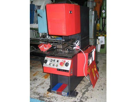 Amada SP 30 II Max. 30 Ton