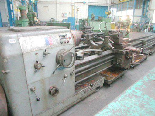 Gornati Engine Lathe Variable Legoor 400