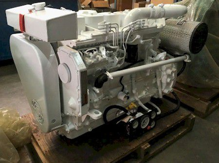 Cummins 6BT Marine Diesel Engine