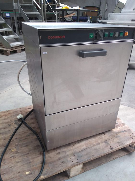 Comenda LF320A dishwasher