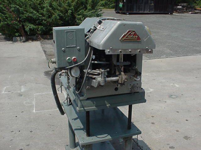 Lakso 52 Bottle Cottoning Machine