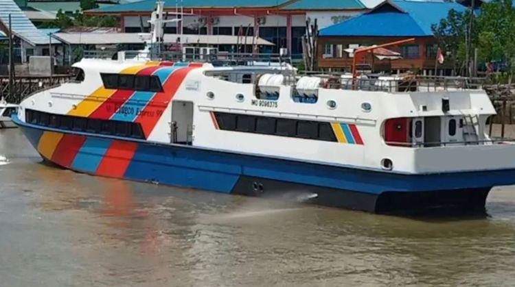 Passenger Boat 148