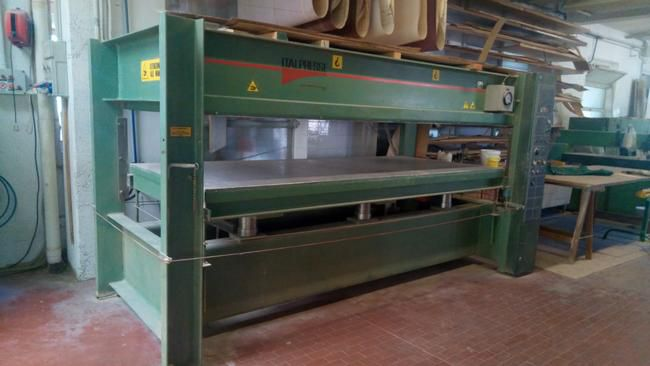 Italpresse Single floor hot press