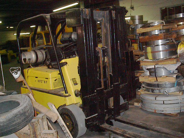 Hyster PROPANE SOLID TIRES 8000 LB