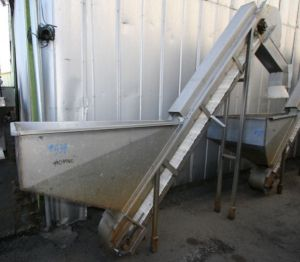 Others Stainless Steel Hopper Feed Tank With Intralox Elevator Discharge