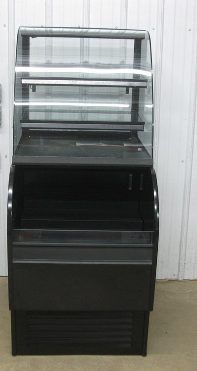 Structural Concepts COU2765R Refrigerated  Bakery Display