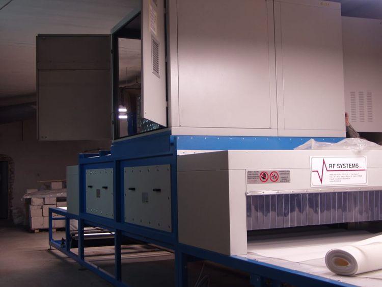 RF Systems TD30  radio frequency dryer