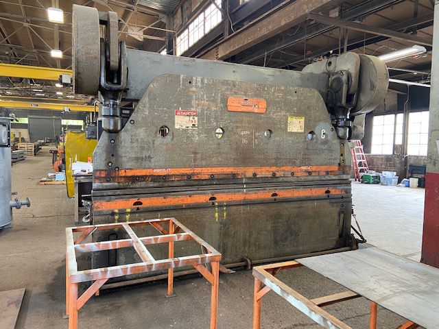 Cincinnati Series 9 x 10 230 Ton