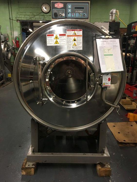 Milnor 36026V5J 100lb Washer Extractor