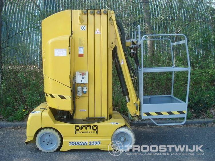Online auction of scissor and mast access platforms and boom lifts from PMG Techniek B.V.
