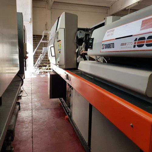 Sandretto EIGHT SERIES, NUMBER 2 INJECTION PRESSES 60 Ton