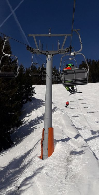 Doppelmayr 2seater chairlift