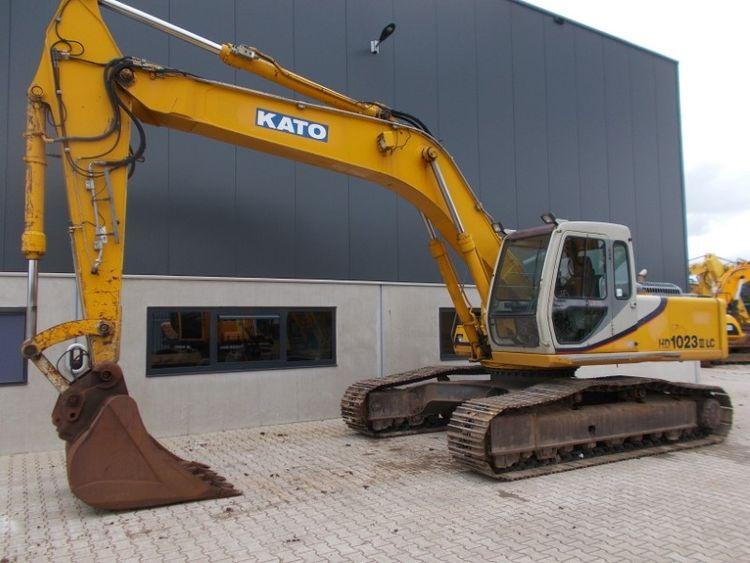 Kato HD1023LC Tracked Excavators