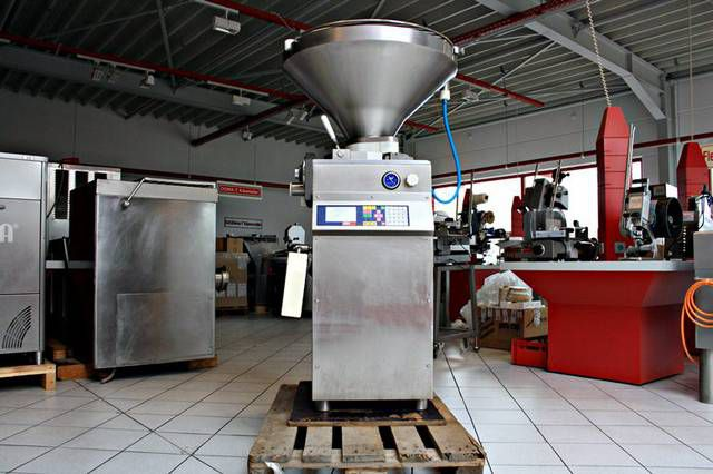 Frey Konti 100 Vacuum filling machine